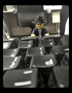 Tiny Plastic Indiana Jones would blog...if he reach the keys.